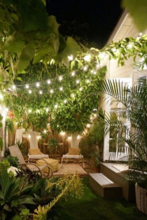 Beautiful Romantic Backyard Garden Ideas You Have To Try 18