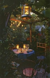 Beautiful Romantic Backyard Garden Ideas You Have To Try 31