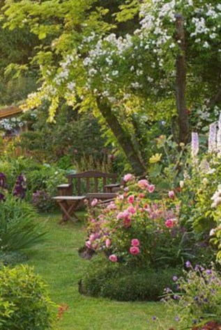 Beautiful Romantic Backyard Garden Ideas You Have To Try 38