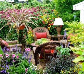 Beautiful Romantic Backyard Garden Ideas You Have To Try 43