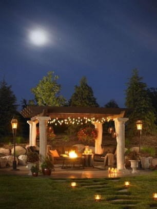 Beautiful Romantic Backyard Garden Ideas You Have To Try 45